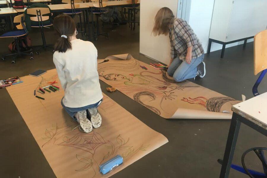Flowtegning af unge fra Fredericia Gymnasium