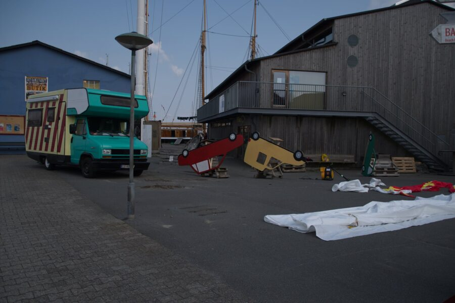 Bilen fra Kunstfærgen er blevet virkelig. Foto af Niels Solholm